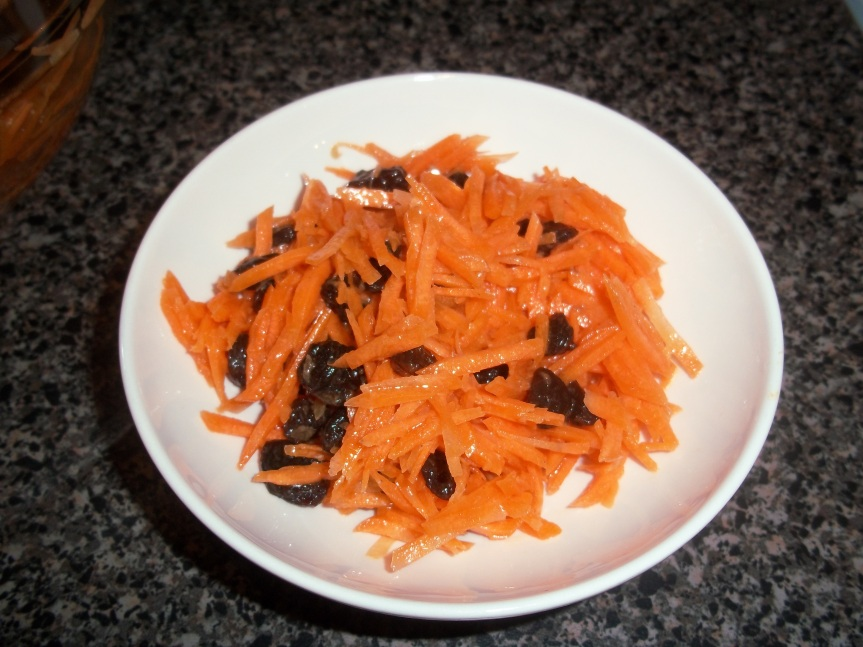 ffwd – cafe-style grated carrot salad
