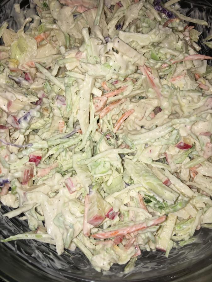CtBF -Raw vegetable slaw with creamy garlicdressing